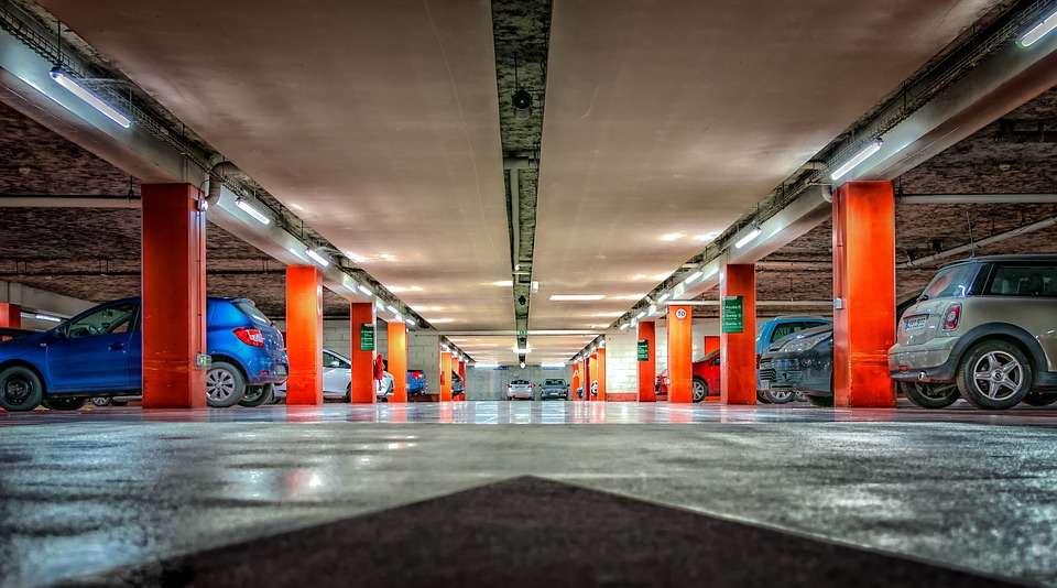 ID parking, aéroport de Charleroi