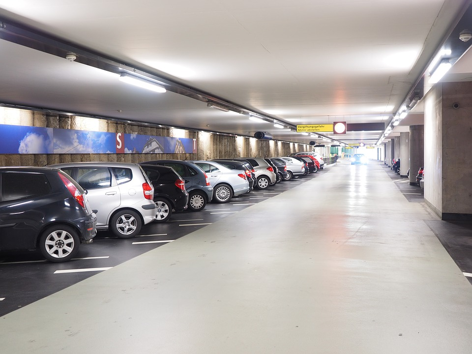 Car park travel, aéroport de Lyon